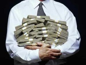 Peluk uang